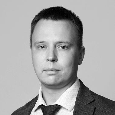 Юрий Костров портрет