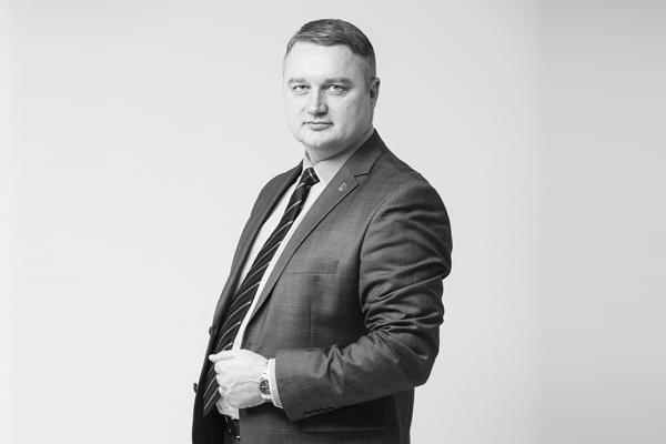 Эдуард Семёнов